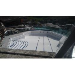 Piscine du centre aquatique de la Clusaz